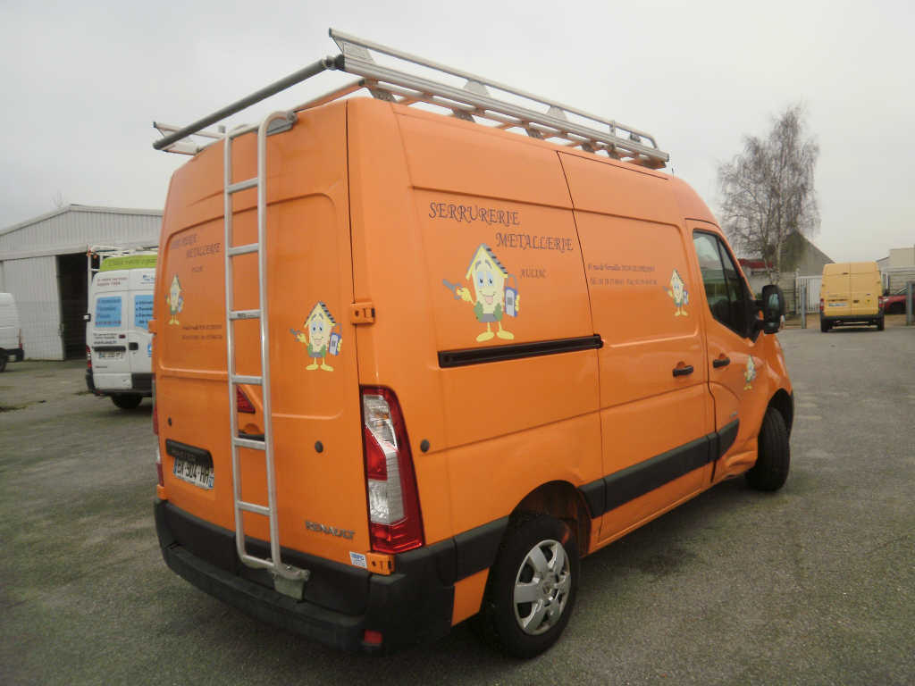 RENAULT MASTER 2.5 DCI  100 CH L2H2  2011